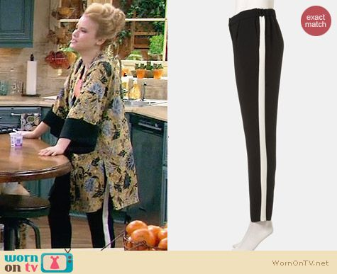 Topshop Side Stripe Pants worn by Taylor Sprietler on Melissa & Joey