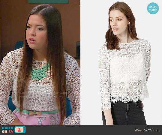 Topshop Three Quarter Sleeve Crochet Top worn by Piper Curda on IDDI