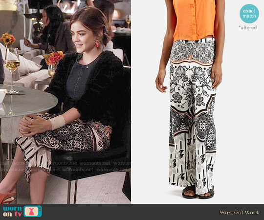 Topshop Tile Print Wide Leg Trousers worn by Lucy Hale on PLL