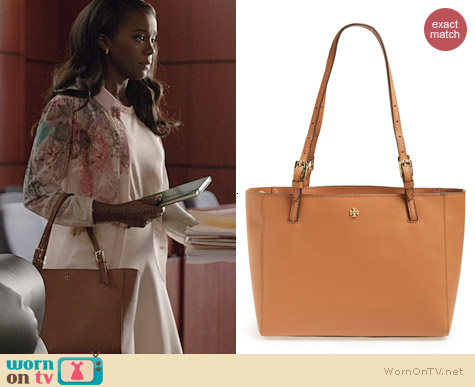 Tory Burch Small York Leather Buckle Tote worn by Aja Naomi King on HTGAWM