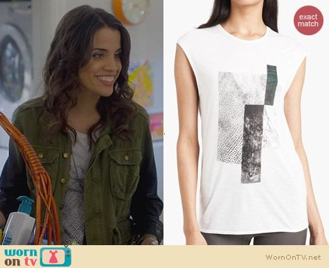 Trophy Wife Fashion: Helmut Lang Graphic Muscle Tee worn by Natalie Morales
