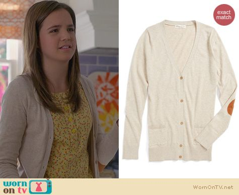 Trophy Wife Fashion: Tucker + Tate Sheena Boyfriend Cardigan worn by Bailee Madison