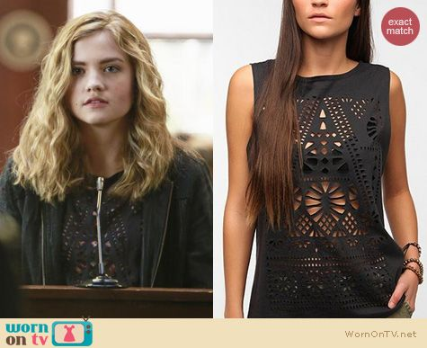 Twisted Fashion: Urban Outfitters Title Unknown lasercut muscle tee worn by Maddie Hasson