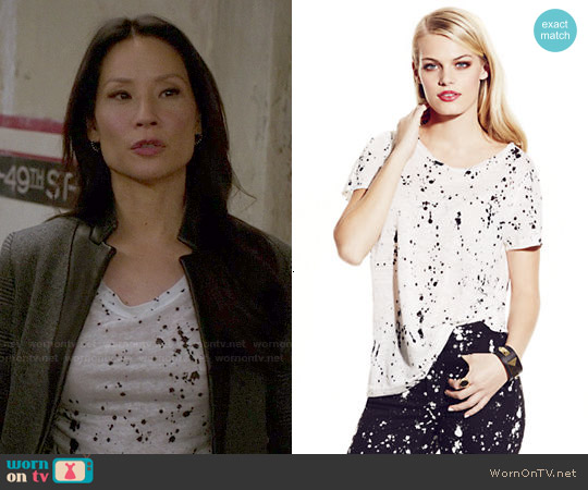 TWO by Vince Camuto Linen Jersey Mod Splatter Print T-shirt worn by Lucy Liu on Elementary