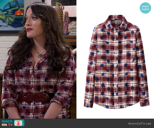 Uniqlo Flannel Print Shirt worn by Kat Dennings on 2 Broke Girls