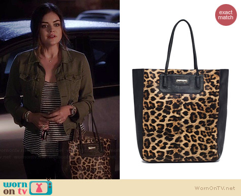 Urban Originals Eclipse Tote worn by Lucy Hale on PLL