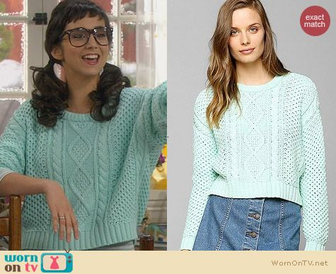 Urban Outfitters BDG Cable-Knit Cropped Sweater in Mint worn by Molly Ephraim