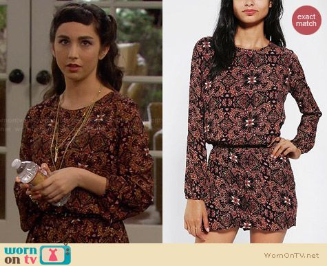 Lucca Couture Silky Open Back Romper worn by Molly Ephraim on Last Man Standing