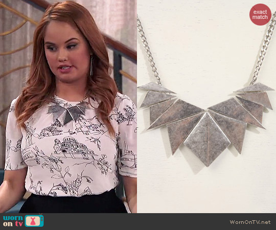 Urban Outfitters Palmdale Necklace worn by Debby Ryan on Jessie