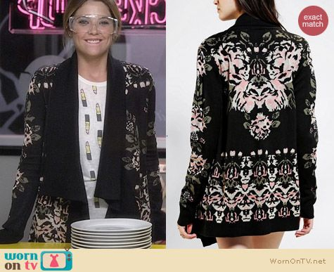 Urban Outfitters Staring at Stars Intarsia Drape Cardigan worn by Ashley Benson on PLL