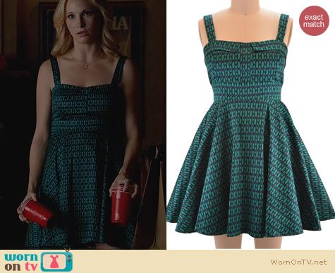 Vampire Diaries Fashion: Ixia Foldover Bust Sundress worn by Candice Accola
