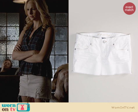 Vampire Diaries Style: American Eagle White Denim Miniskirt worn by Candice Accola