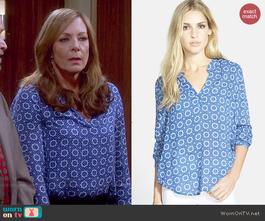 Velvet by Graham & Spencer Split Neck Challis Blouse worn by Allison Janney on Mom