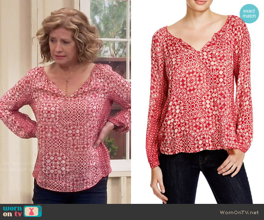 Velvet by Graham & Spencer Tile Print Top worn by Nancy Travis on Last Man Standing