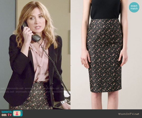 Victoria Beckham Fine Print Pencil Skirt worn by Maura Isles on Rizzoli & Isles