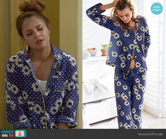 Victoria's Secret Cotton Mayfair Pajamas worn by Aimee Carrero on Young & Hungry