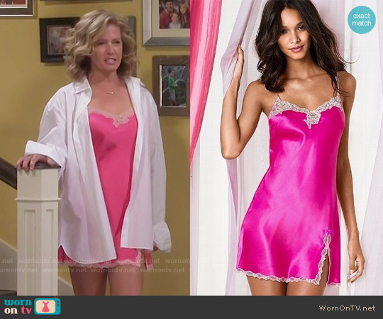Victoria's Secret Pink Lace Trim Satin Slip worn by Nancy Travis on Last Man Standing