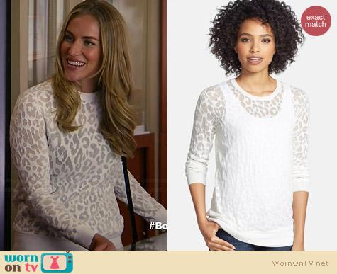 Vince Camuto Animal Burnout Sweater worn by Elizabeth Whitson on Awkward
