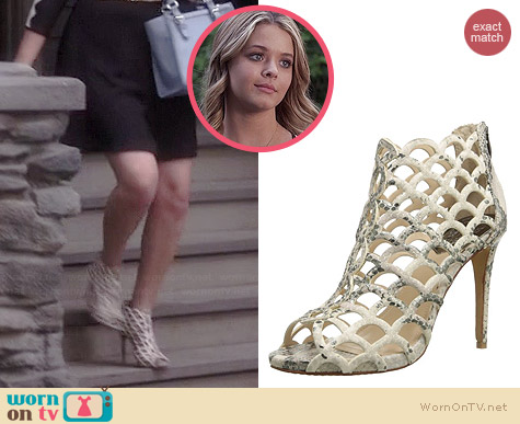 Vince Camuto Fontanela Boots in Metallic Taupe worn by Sasha Pieterse on PLL
