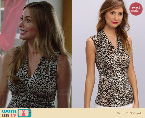 Vince Camuto Pleat Vneck Desert Leopard Top worn by Sofia Vergara on Modern Family