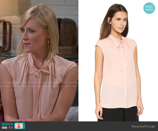 Vince Cap Sleeve Tie Blouse worn by Beth Behrs on 2 Broke Girls