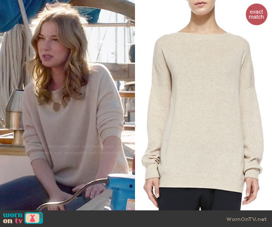 Vince Cashmere Rib-Trim Loose Sweater worn by Emily Thorne / Amanda Clarke on Revenge