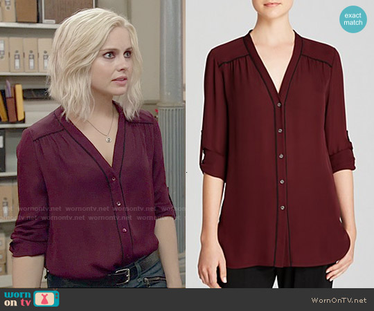 Vince Contrast Piping Blouse worn by Rose McIver on iZombie