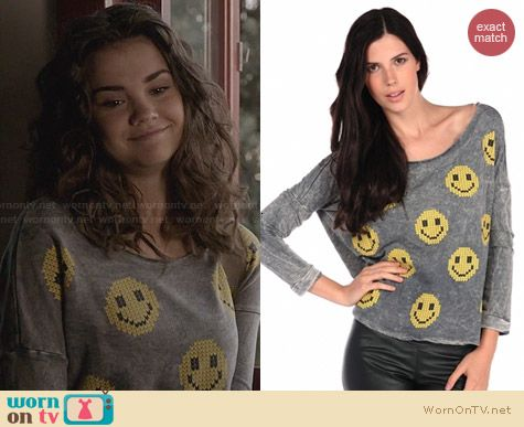 Vintage Havana Slashed Back Smiley Sweatshirt worn by Maia Mitchell on The Fosters