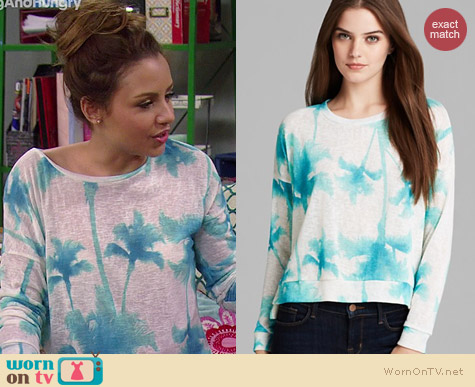 Vintage Havana Palm Tree Sweatshirt worn by Aimee Carrero on Young & Hungry
