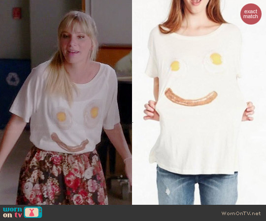 Wildfox Wakey Wakey Tee worn by Heather Morris on Glee