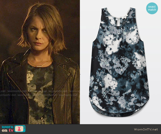 Wilfred Adalene Blouse in Black/Oak worn by Willa Holland on Arrow