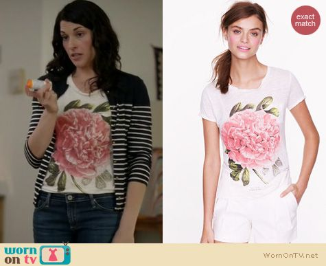 Wilfred Style: J. Crew Peony Tee worn by Dorian Brown