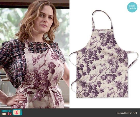Williams Sonoma Grape Toile Apron in Purple worn by Emily Deschanel on Bones