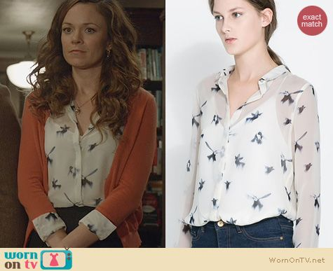Witches of East End Fashion: Zara Bird Print Peter Pan Collar Blouse worn by Rachel Boston