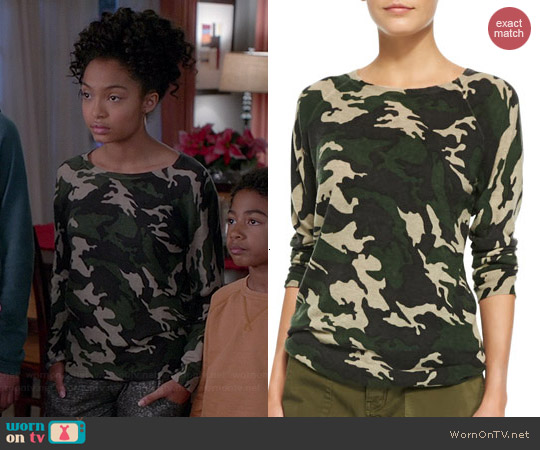 Zadig & Voltaire Cashmere Camo Raglan Sweater worn by Yara Shahidi on Black-ish