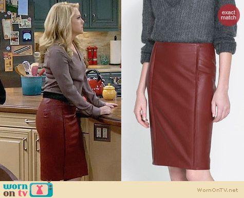 Zara Faux Leather Skirt worn by Melissa Joan Hart on Melissa & Joey