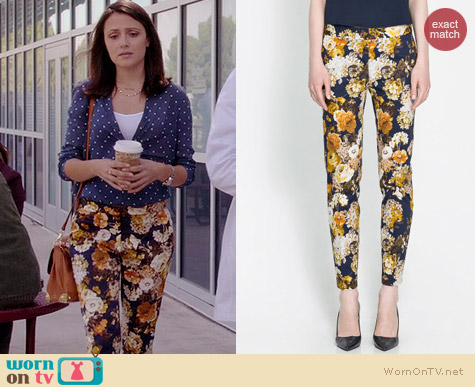 Zara Floral Trousers worn by Italia Ricci on Chasing Life