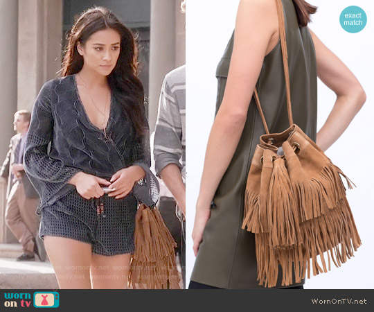 Zara Fringed Suede Bucket Bag worn by Emily Fields on PLL