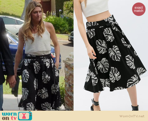 Zara Printed Midi Flare Skirt worn by Jess Macallan on Mistresses