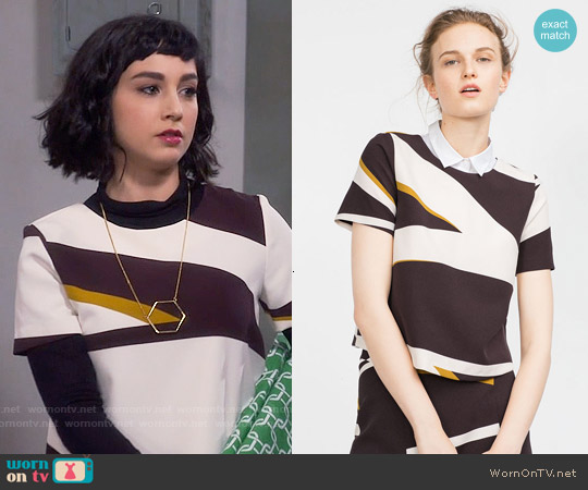 Zara Printed Top worn by  Molly Ephraim on Last Man Standing