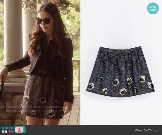 Zara  Short Jacquard Skirt worn by Tammin Sursok on PLL