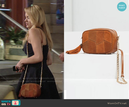 Zara Tassel Detail Cross Body Bag worn by Hunter King on The Young & the Restless